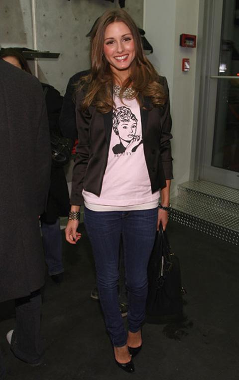 Olivia Palermo também usa t-shirts