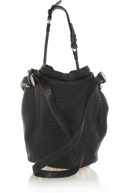 Alexander Wang - Modelo: Diego textured-leather shoulder bag